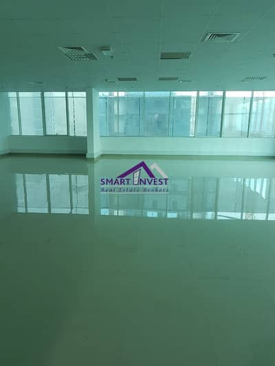 Fitted Office full Floor with pantry/washroom for rent in Business Bay for AED 635K/Yr