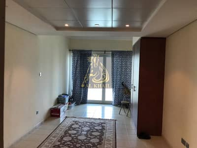 Studio for Sale in Jumeirah Lake Towers (JLT), Dubai - Vacant Studio with lake view for sale in Lake View Tower
