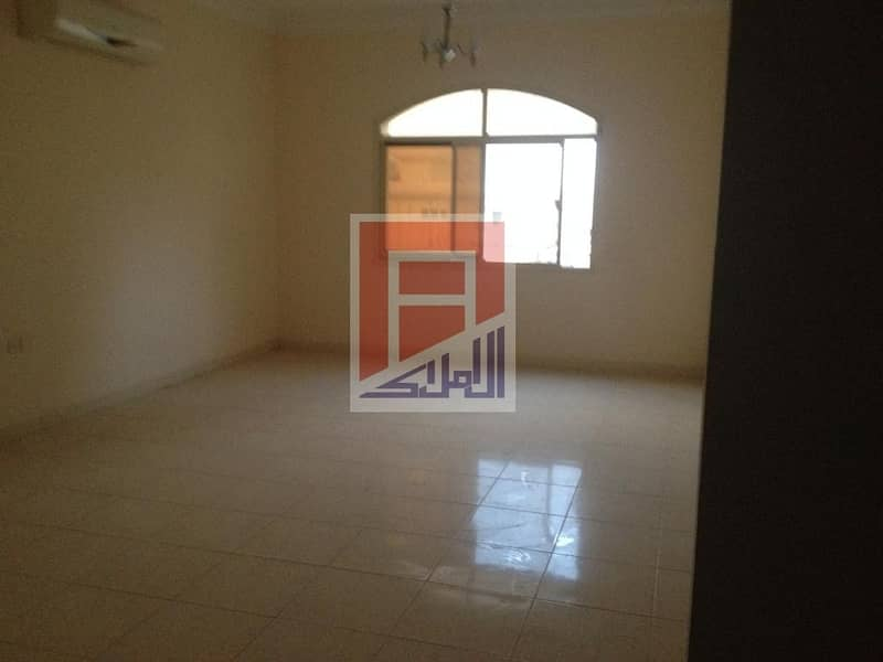 4 3 Bedroom Hall Available for Rent