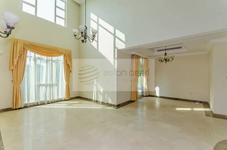 4 Bedroom Villa for Rent in Jumeirah Islands, Dubai -  Top Location
