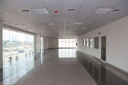 Showroom for Rent in Umm Ramool, Dubai - Best Price Save on Broker Fee and Govt Tax