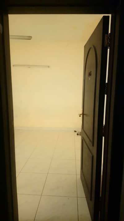 Studio for Rent in Bur Dubai, Dubai - Residential Apartment for rent in Dubai.