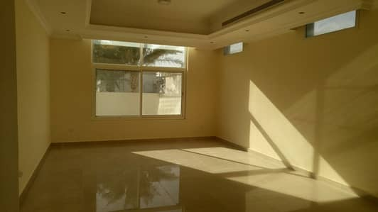 5 Bedroom Villa for Rent in Khalifa City A, Abu Dhabi - Excellent 5 Masters BR Villa in a Compound in Khalifa City A only 150K