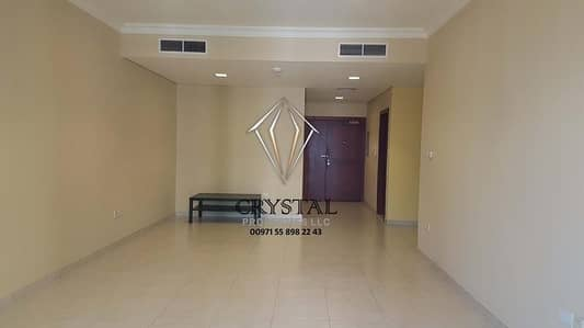 2 Bedroom Flat for Sale in Dubai Marina, Dubai - Spacious 2 B/R + Hall In Marina  Heights
