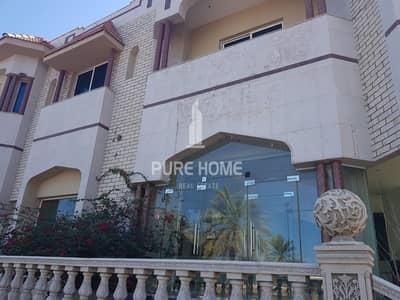 Villa for Rent in Al Nasr Street, Abu Dhabi - Huge Commercial Villa Ready For Use in Al Nasr Street