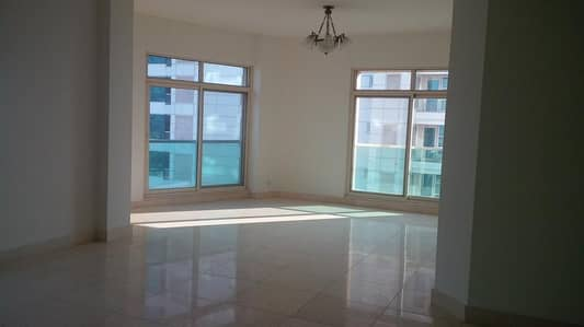 3 Bedroom Apartment for Rent in Dubai Marina, Dubai - Available 3 Bedroom apt with fully equipped kitchen