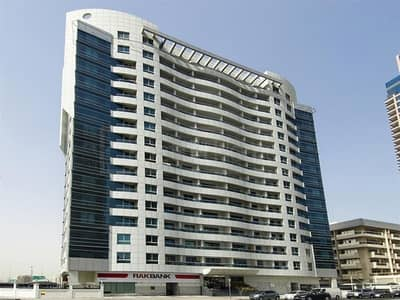 1 Bedroom Flat for Sale in Dubai Marina, Dubai - 1BR in Marina near Metro with High ROI