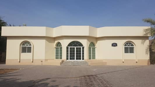 4 Bedroom Villa for Rent in Al Hamidiyah, Ajman - HUGE VILLA 4 BEDROOMS HALL MAJLIS MAID ROOM OUT SIDE MULHAQ