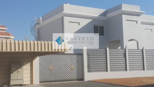 4 Bedroom Villa for Rent in Al Mizhar, Dubai - New