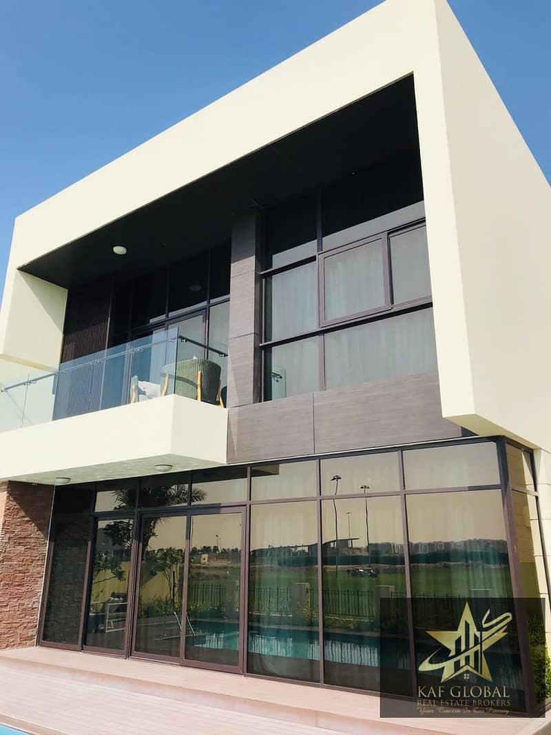 5 Bedroom Golf Course Facing elegant independent villa