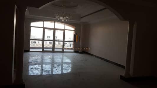 5 Bedroom Villa for Rent in Khalifa City A, Abu Dhabi - Great Deal 5 Bedrooms Big Villa!