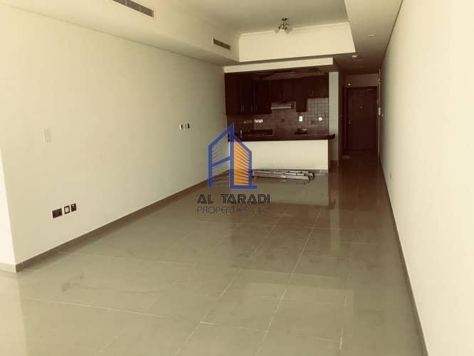 2 Studio Apartment in Hydra Avenue Available
