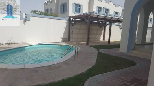5 Bedroom Villa for Rent in Dubailand, Dubai - Independent 5 Bedroom Villa Is Ready To Move