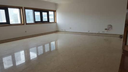 2 Bedroom Flat for Rent in Hamdan Street, Abu Dhabi - Best Offer 2BHK APT Balcony on Hamdan Street 65k