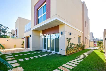 4 Bedroom Villa for Sale in Al Barsha, Dubai - 4D4 || White goods  || Landscaped garden