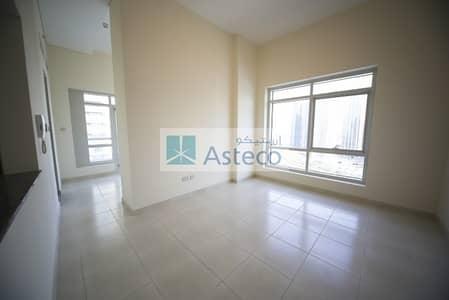 Studio for Rent in Dubai Marina, Dubai -  Large  STUDIO in 4 CHQs Free AC.