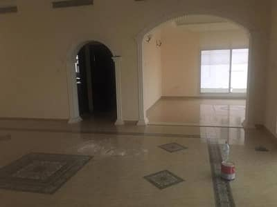 5 Bedroom Villa for Rent in Nad Al Hamar, Dubai - LOW RENT NICE AND CLEAN 5 BED/HALL/MAJLIS/MAID/DRIVER/LAUNDRY ROOM VILLA FOR RENT IN NAD AL HAMAR-4