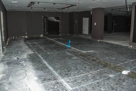 Showroom for Rent in Al Garhoud, Dubai - Fabulous Spacious Showroom for rent in Garhoud