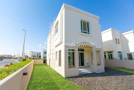3 Bedroom Villa for Rent in Al Ghadeer, Abu Dhabi - Good Deal! 3BR + 1 Villa with 2 Payment