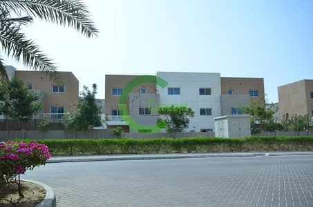 5 Bedroom Villa for Sale in Al Reef, Abu Dhabi - Adventurous Villa Near Community Center!