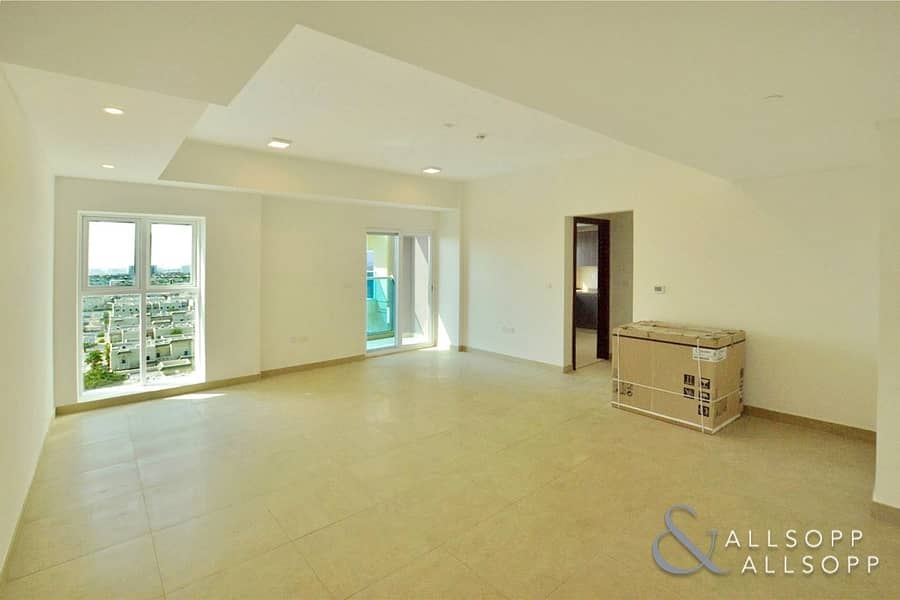 Vacant | Close To Metro | 3 Bedrooms