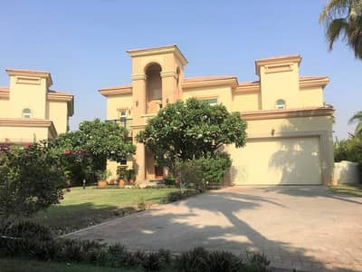 4 Bedroom Villa for Rent in Jumeirah Islands, Dubai - Well Maintained 4 Bed Villa