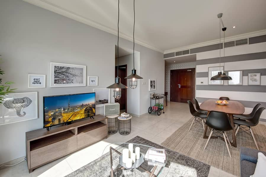 2 Stylish Apartment| Furnished | City View