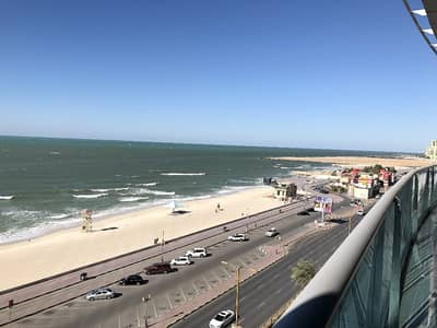 2 Bedroom Flat for Rent in Corniche Ajman, Ajman - For rent - Big 2 Bedroom Hall w/ fabulous full beach/sea view in Ajman Corniche Residences