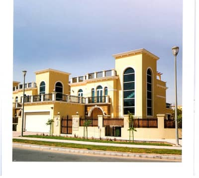4 Bedroom Villa for Rent in Jumeirah Park, Dubai - Well Maintained |4BR + Maids|Legacy Nova