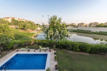 5 Bedroom Villa for Rent in Jumeirah Islands, Dubai - Extended - Upgraded - Beautiful Lake View