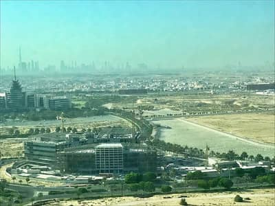Office for Rent in Dubai Silicon Oasis, Dubai - MOVE-IN IMMEDIATELY FITTED OFFICE WITH CLOSED PARTITIONS