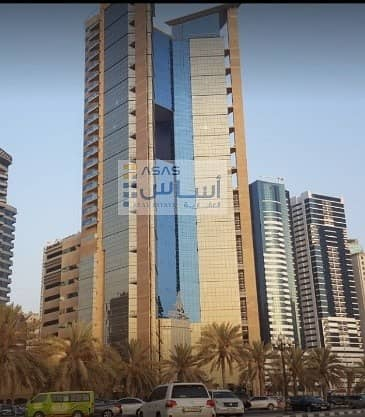 2 Bedroom Flat for Rent in Al Khan, Sharjah - Luxurious Two Master Bedroom in SIB tower