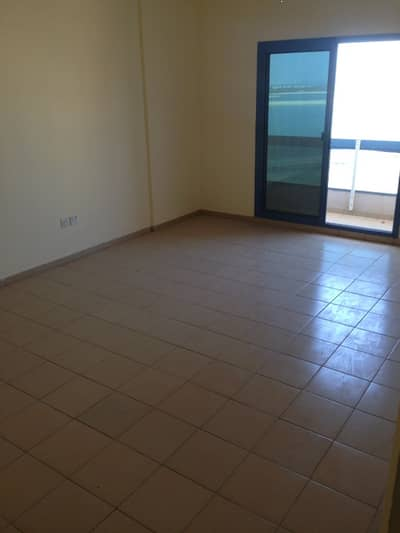 1 Bedroom Apartment for Rent in Al Mamzar, Sharjah - spacious one bedroom at al Mamzar sharjah