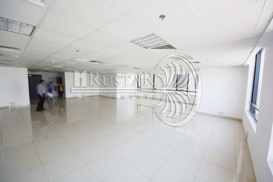 Large and fitted office for DLDcompanies