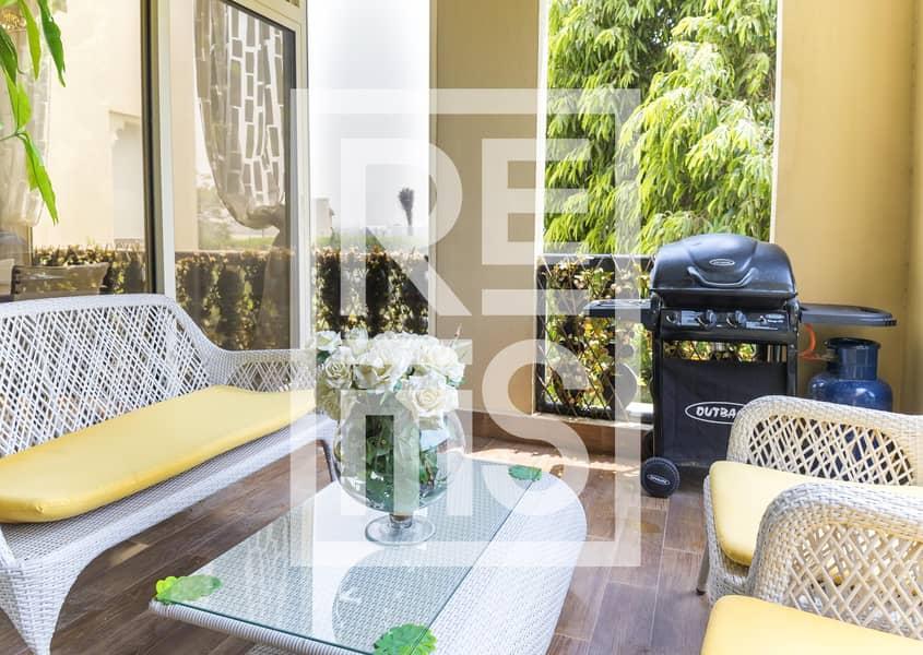 10 Fantastic fully furnished 1BR for Sale