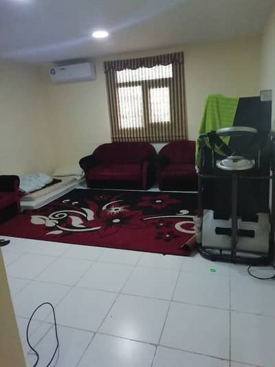 1 Bedroom Flat for Rent in Shakhbout City (Khalifa City B), Abu Dhabi - Superb One Bedroom APartment With Big Kitchen In Shakhboot CIty Only 33k