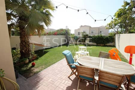 3 Bedroom Villa for Rent in The Lakes, Dubai - Landscaped - Well Maintained - 3 Bed