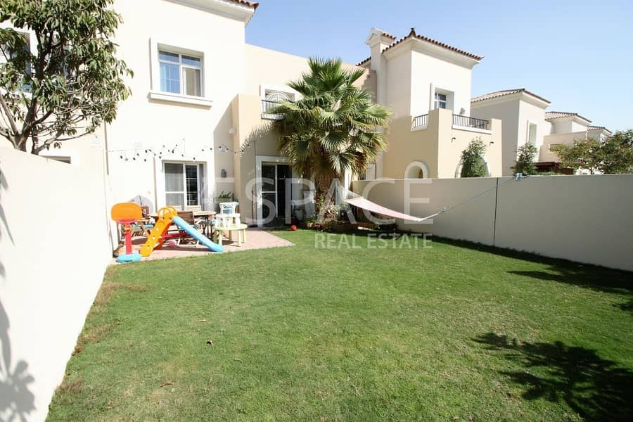 2 Landscaped - Well Maintained - 3 Bed
