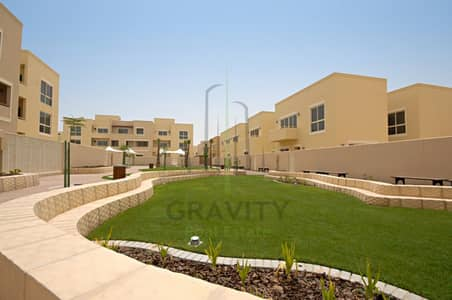 4 Bedroom Villa for Rent in Al Raha Gardens, Abu Dhabi - Massive Layout! 4BR Villa now vacant in Al-Raha Garden