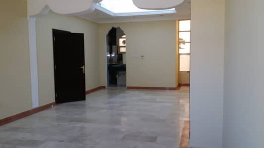 7 Bedroom Villa for Rent in Al Karamah, Abu Dhabi - HOT DEAL | Private Villa 7 Bedrooms  With Large Garage / Good Finish and City View
