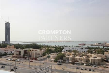 2 Bedroom Apartment for Rent in Corniche Road, Abu Dhabi - Luxury Corniche Apartment with Sea Views