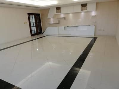 4 Bedroom Flat for Rent in Corniche Area, Abu Dhabi - Nice, Spacious & Maintained 4 Bedrooms with Maid-room, (160-K), in New Building, at Corn, Abu-Dhabi.