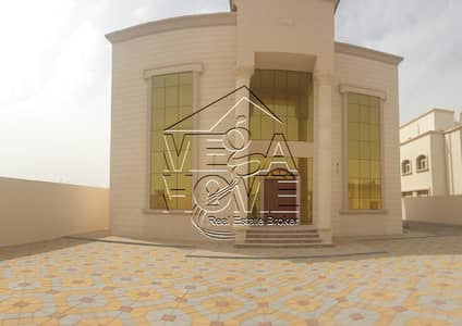 7 Bedroom Villa for Rent in Al Shamkha, Abu Dhabi - AMAZING DEAL!!! STAND -ALONE 7M BED VILLA W/KITCHEN/DRIVER ROOM
