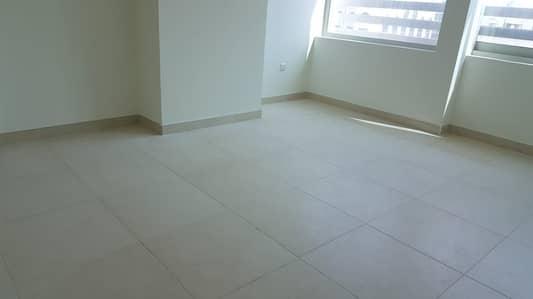 11 Bedroom Labour Camp for Rent in Al Taweelah, Abu Dhabi - Staff accommodation of 14 Bedrooms 10 Bathrooms & 5 Kitchens near Khalifa Kizad Port Abu Dhabi