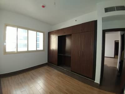 Spacious Like New, 2BHK , With Master Bed , Wardrobes and Facilities.