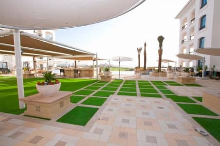2 Bedroom Apartment for Sale in Yas Island, Abu Dhabi - Spectacular Golf & Water View! VACANT Brand New 2BR Type D Flat