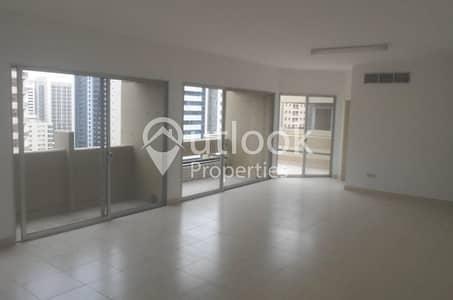 4 Bedroom Flat for Rent in Hamdan Street, Abu Dhabi - SPACIOUS 4BHK APARTMENT +MAIDS+BALCONY!!
