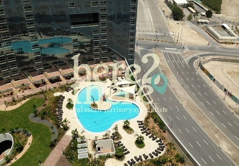 9 No Commission!! Lovely Studio in Spacious Arc tower.