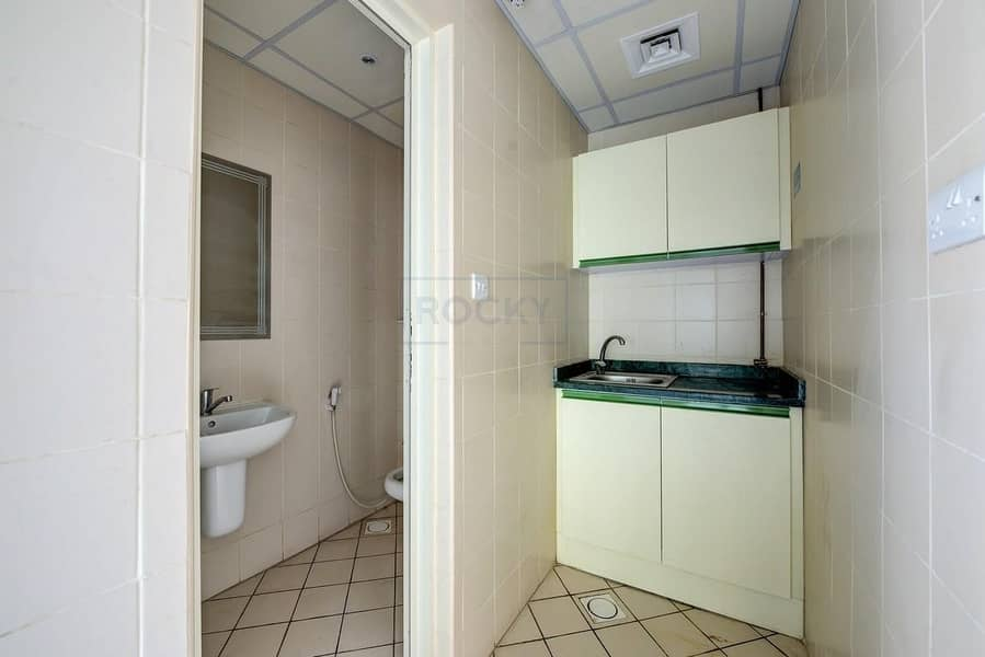 3 Spacious 1080 Sq.Ft Office| Central A/C | Sharjah