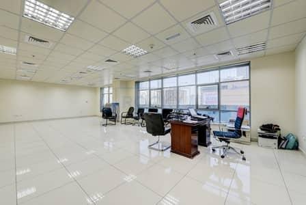 مکتب  للايجار في القاسمية، الشارقة - Spacious 950 Sq.Ft Office| Central A/C | Sharjah